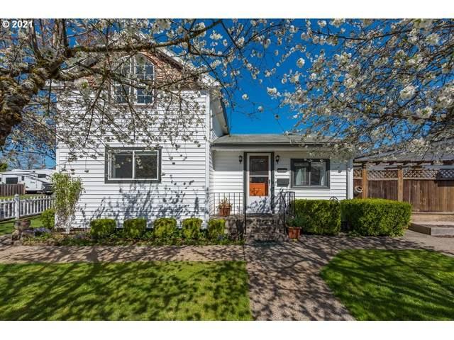 394 W Berkeley St, Gladstone, OR 97027 (MLS #21585138) :: Fox Real Estate Group