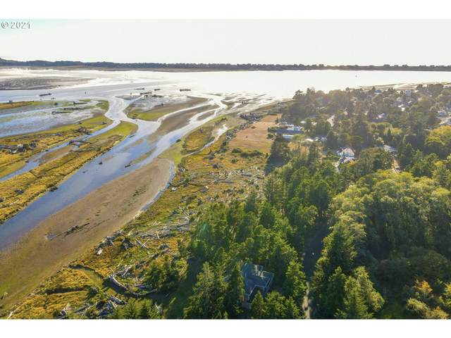 1692 SW 69TH St, Lincoln City, OR 97367 (MLS #21586057) :: Change Realty