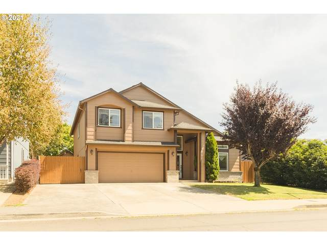 305 SE 171st Ave, Vancouver, WA 98684 (MLS #21587409) :: Lux Properties