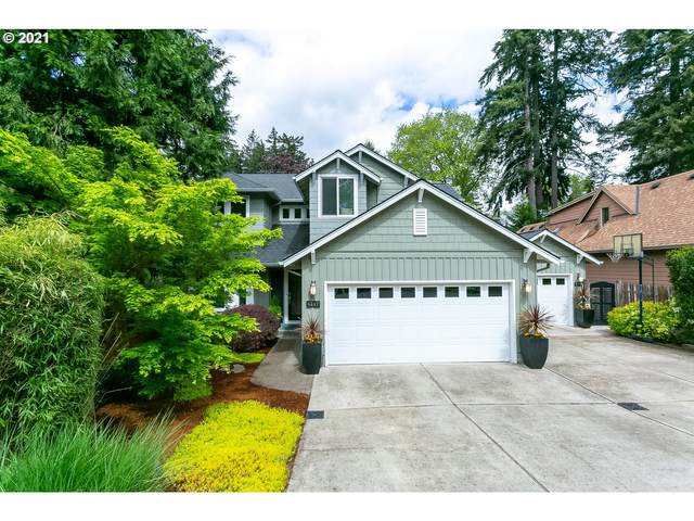 4317 Upper Dr, Lake Oswego, OR 97035 (MLS #21589886) :: Premiere Property Group LLC