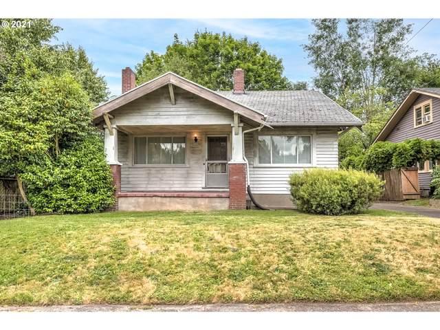 2125 NE Cesar E Chavez Blvd, Portland, OR 97212 (MLS #21591074) :: Real Tour Property Group