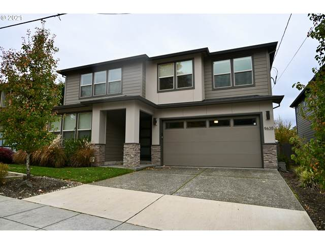 9635 SW 48TH Ave, Portland, OR 97219 (MLS #21593056) :: Fox Real Estate Group