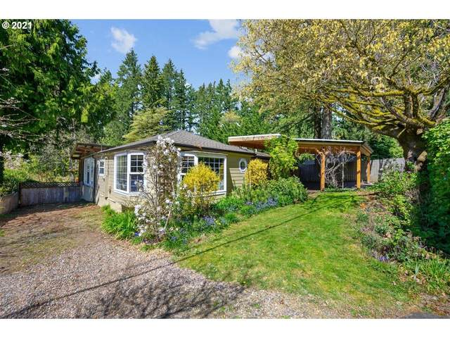 21105 S Wisteria Rd, West Linn, OR 97068 (MLS #21593605) :: McKillion Real Estate Group