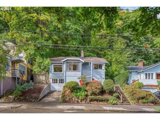 6407 S Corbett Ave, Portland, OR 97239 (MLS #21594080) :: Song Real Estate