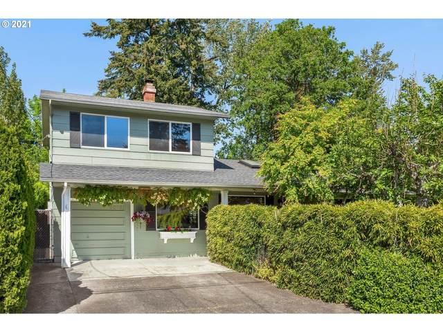 5025 SE Brookside Dr, Milwaukie, OR 97222 (MLS #21594206) :: Fox Real Estate Group