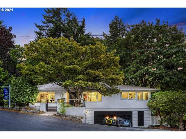 2727 SW Patton Ct, Portland, OR 97201 (MLS #21595657) :: Next Home Realty Connection