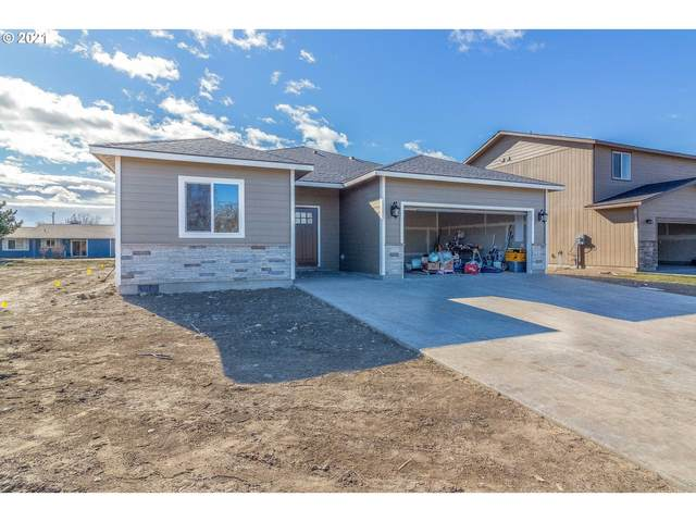 304 Riverwood Ct, Umatilla, OR 97882 (MLS #21596274) :: Stellar Realty Northwest