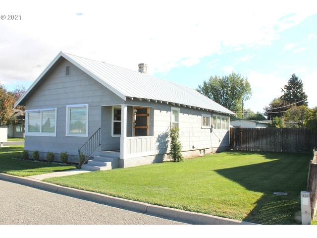 3130 5TH St, Baker City, OR 97814 (MLS #21600103) :: Real Tour Property Group