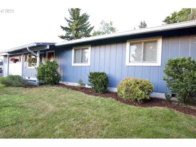 444 NE Ginseng Dr, Estacada, OR 97023 (MLS #21600936) :: Townsend Jarvis Group Real Estate