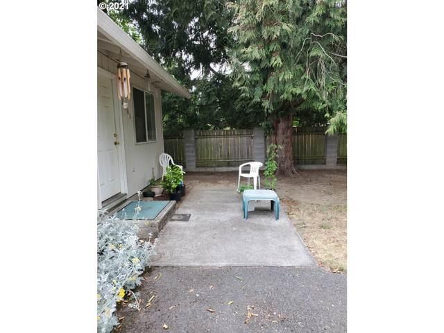 2405 SE 90th Ave, Portland, OR 97216 (MLS #21600988) :: Beach Loop Realty