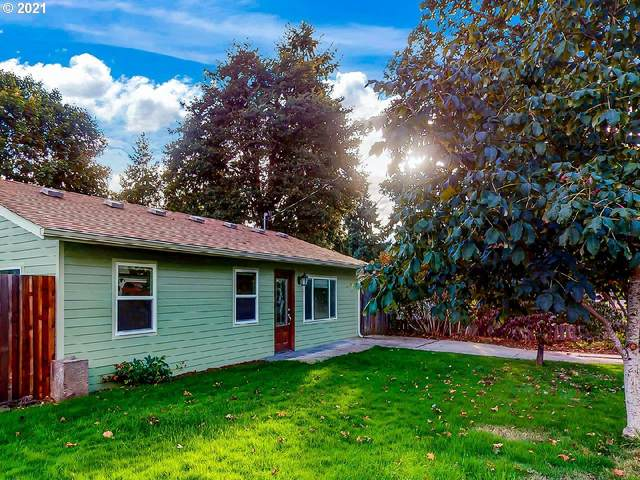 24938 Mccutcheon Ave, Veneta, OR 97487 (MLS #21602157) :: The Haas Real Estate Team
