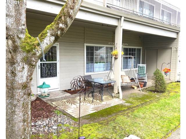 13775 SW Scholls Ferry Rd #102, Beaverton, OR 97008 (MLS #21606088) :: TK Real Estate Group