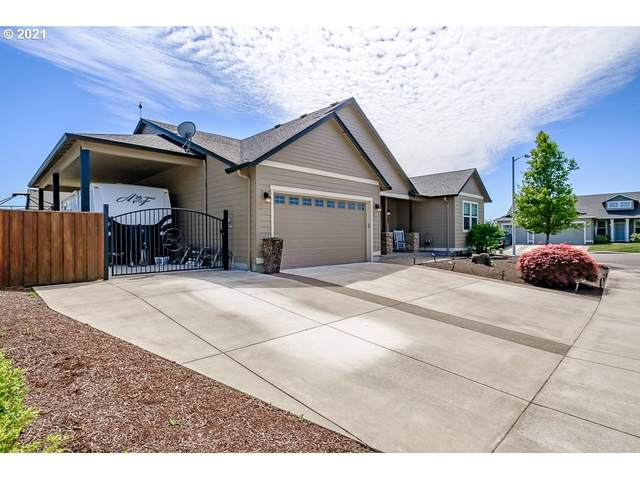 2499 W 13TH Ave, Junction City, OR 97448 (MLS #21606474) :: Song Real Estate