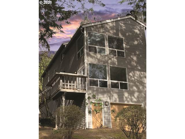 243 Cervantes, Lake Oswego, OR 97035 (MLS #21608536) :: Change Realty
