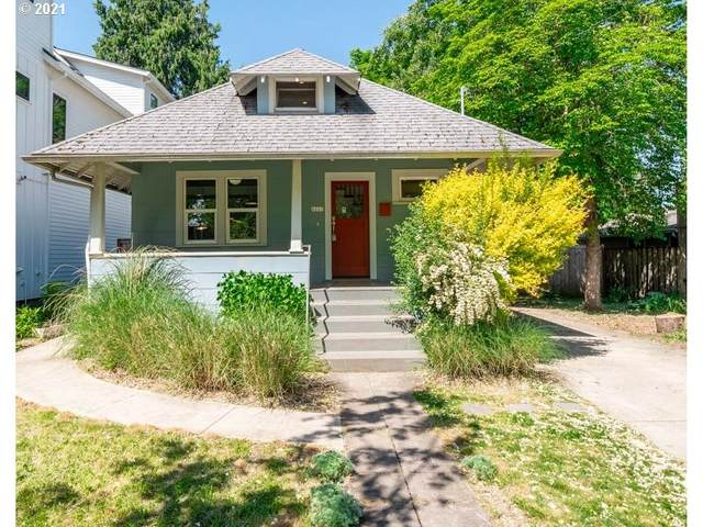 6221 SE 49TH Ave, Portland, OR 97206 (MLS #21608798) :: Next Home Realty Connection