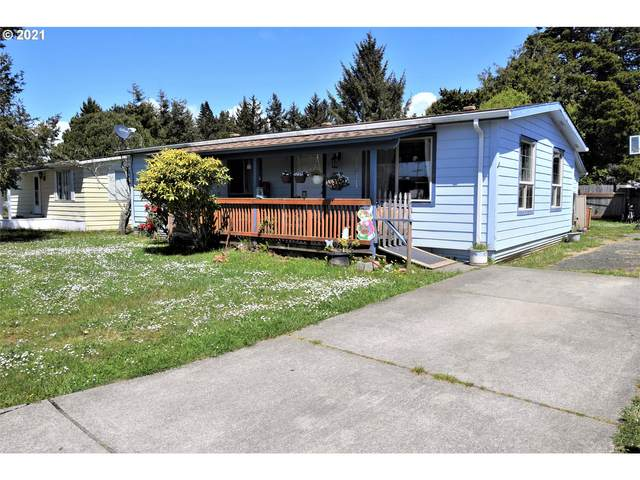 1121 Indiana Ave SE, Bandon, OR 97411 (MLS #21609022) :: Beach Loop Realty