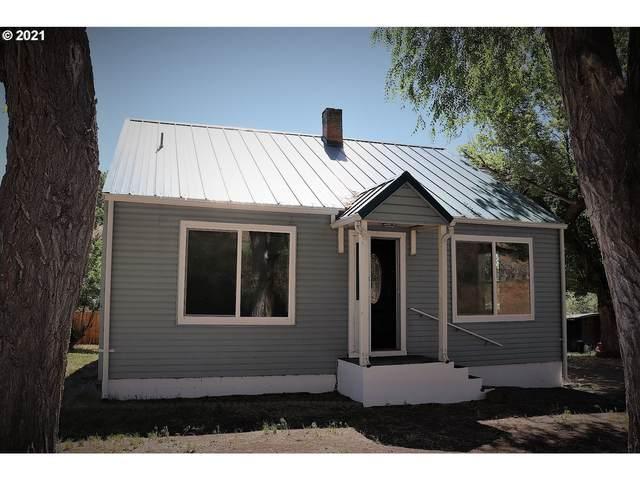 410 N Mountain Blvd, Mount Vernon, OR 97865 (MLS #21609277) :: Gustavo Group