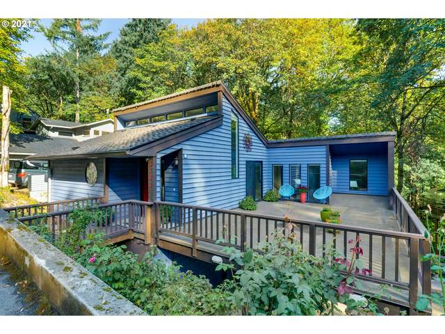 3144 SW Cascade Ter, Portland, OR 97205 (MLS #21610690) :: The Haas Real Estate Team