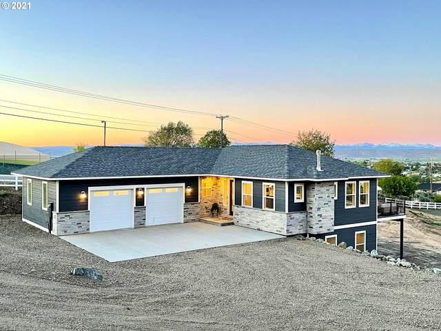 890 Scenic Vista, Baker City, OR 97814 (MLS #21610850) :: Fox Real Estate Group