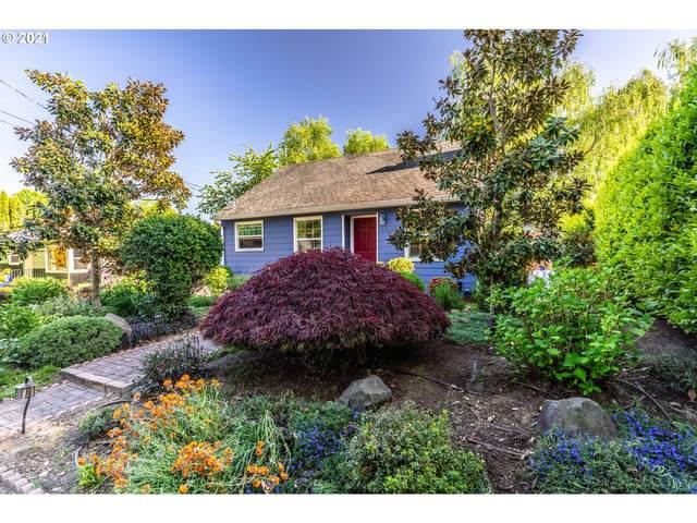 11216 SE Pine Ct, Portland, OR 97216 (MLS #21611735) :: Premiere Property Group LLC