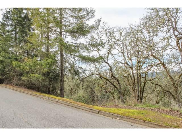 1365 SE Laurel Ct, Roseburg, OR 97470 (MLS #21612048) :: Townsend Jarvis Group Real Estate