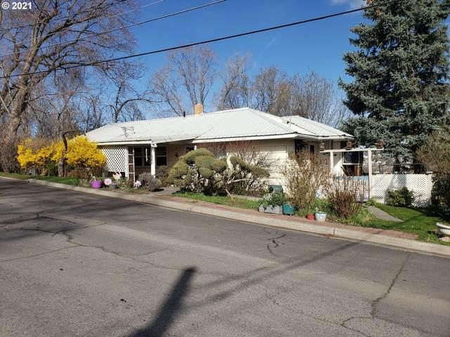 725 SW 5TH St, Pendleton, OR 97801 (MLS #21612639) :: Premiere Property Group LLC