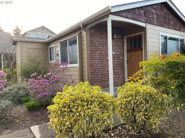 143 SE 73RD Ave #143, Portland, OR 97215 (MLS #21613382) :: Next Home Realty Connection