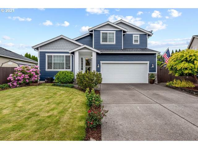 221 Leif Dr, Kelso, WA 98626 (MLS #21613488) :: Next Home Realty Connection