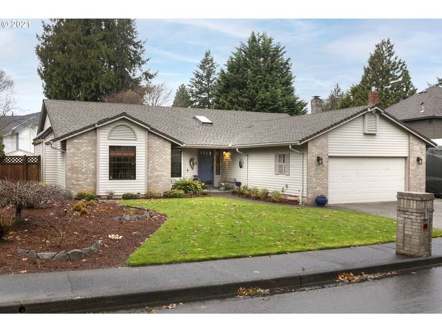 16521 NE San Rafael Dr, Portland, OR 97230 (MLS #21615083) :: Townsend Jarvis Group Real Estate