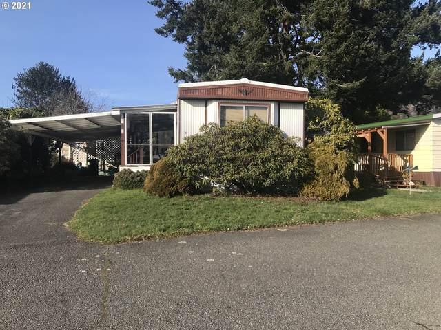 16131 W Hoffeldt Ln Sp 9, Brookings, OR 97415 (MLS #21615255) :: Beach Loop Realty