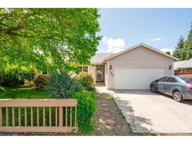 3282 SE 3RD Ave, Camas, WA 98607 (MLS #21616968) :: Cano Real Estate