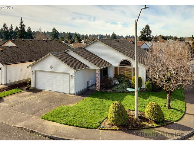 2139 NE 158TH Pl, Portland, OR 97230 (MLS #21618486) :: Next Home Realty Connection