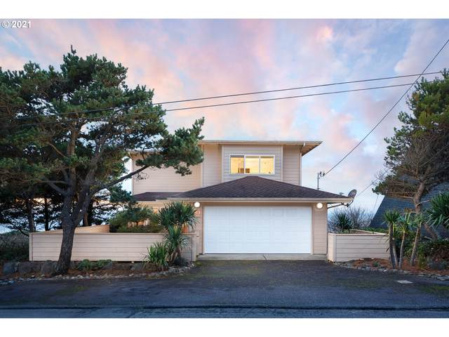 5209 NW Jetty Ave, Lincoln City, OR 97367 (MLS #21618635) :: Song Real Estate