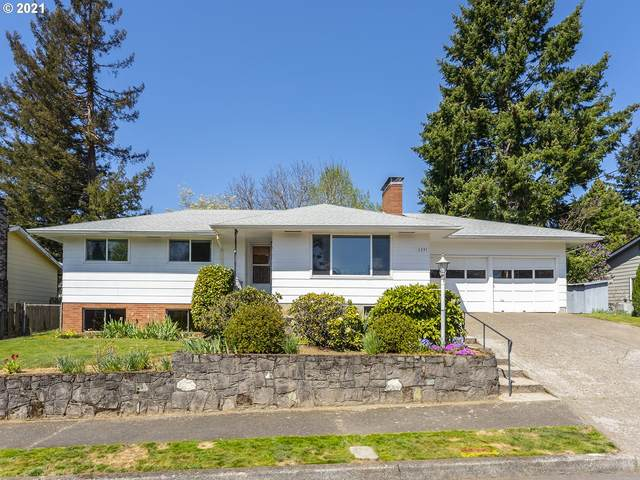 5331 NE Jessup St, Portland, OR 97218 (MLS #21619082) :: Townsend Jarvis Group Real Estate