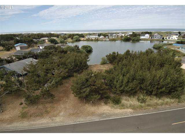 34205 I St, Ocean Park, WA 98640 (MLS #21619426) :: Townsend Jarvis Group Real Estate