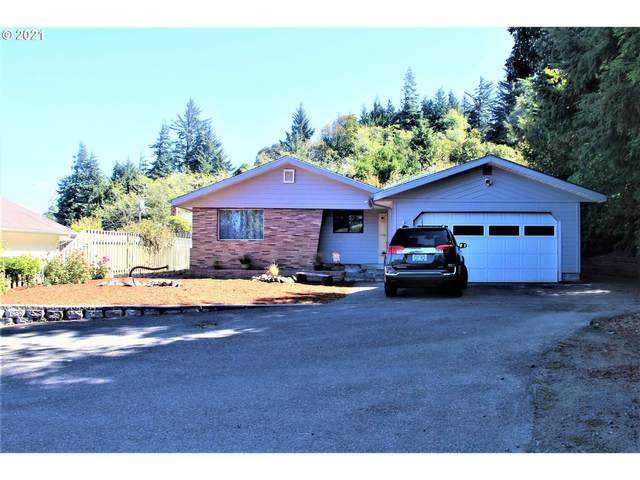 482 12TH Ave, Coos Bay, OR 97420 (MLS #21621673) :: Change Realty
