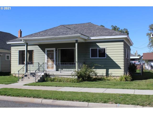 2650 Court Ave, Baker City, OR 97814 (MLS #21622763) :: Townsend Jarvis Group Real Estate