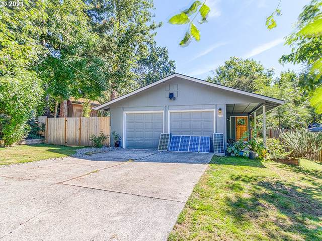 4530 SW 48TH Ave, Portland, OR 97221 (MLS #21623702) :: Cano Real Estate