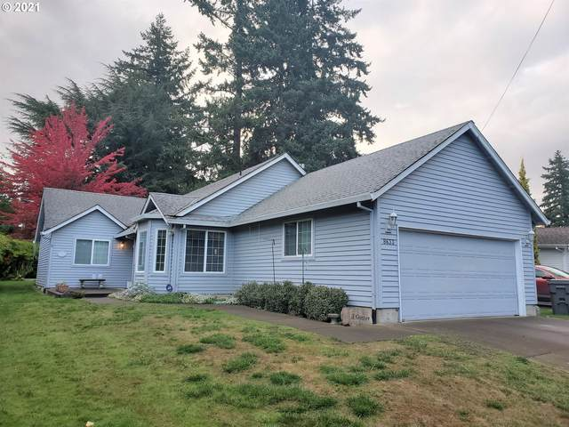 8633 SW 41ST Ave, Portland, OR 97219 (MLS #21625276) :: Fox Real Estate Group