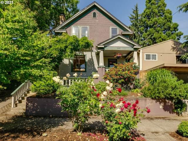 3449 SE 8TH Ave, Portland, OR 97202 (MLS #21625315) :: McKillion Real Estate Group