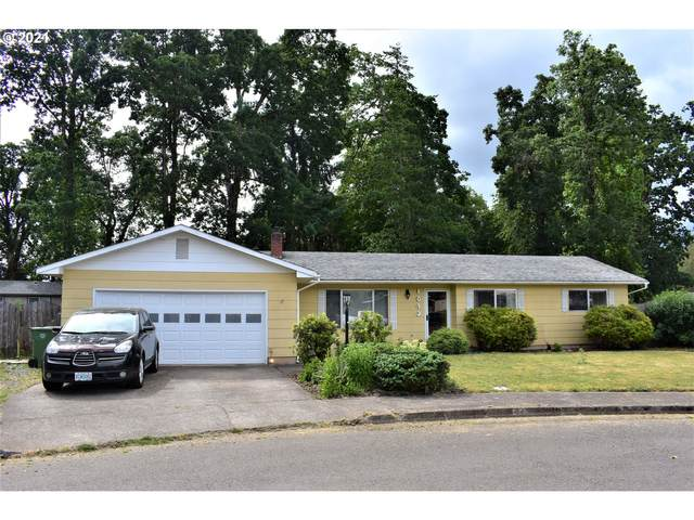 1645 E Grover Ave, Cottage Grove, OR 97424 (MLS #21627801) :: Townsend Jarvis Group Real Estate