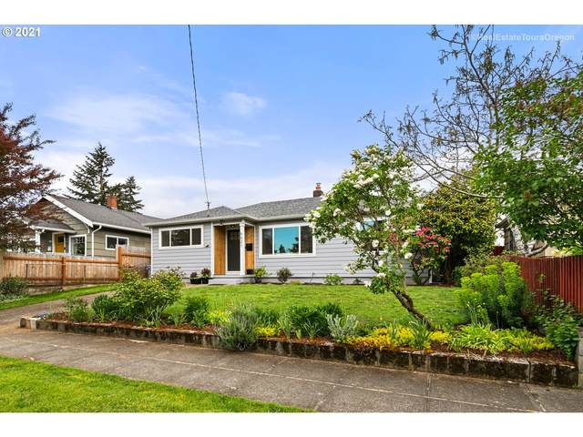 6621 SE Carlton St, Portland, OR 97206 (MLS #21628926) :: Fox Real Estate Group