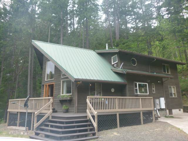 102 Happy Creek Ln, Idleyld Park, OR 97447 (MLS #21629163) :: Cano Real Estate
