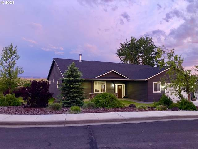 1304 SW Alpha Ct, Pendleton, OR 97801 (MLS #21630088) :: Townsend Jarvis Group Real Estate
