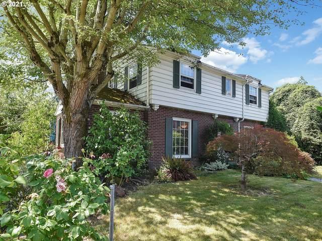 4762 SE Stark St, Portland, OR 97215 (MLS #21631357) :: Real Tour Property Group