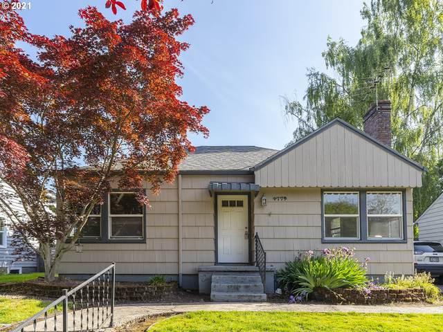 4779 N Amherst St, Portland, OR 97203 (MLS #21633234) :: Premiere Property Group LLC