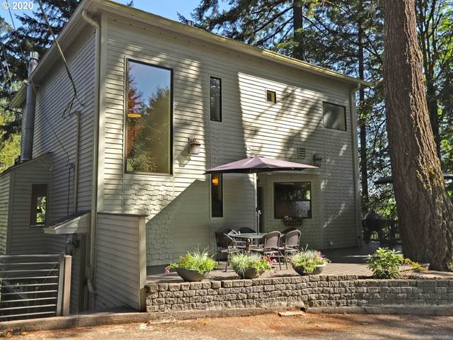 3121 SW Champlain Dr, Portland, OR 97205 (MLS #21634293) :: Song Real Estate