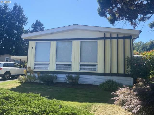 10400 NE 72ND Ave #7, Vancouver, WA 98686 (MLS #21634618) :: McKillion Real Estate Group