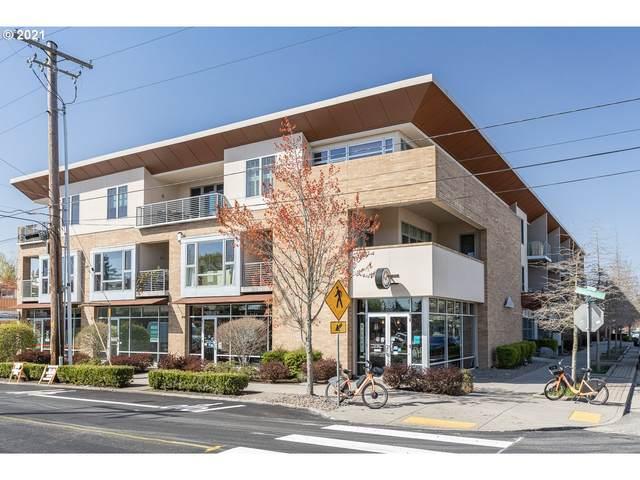 3525 NE 50TH Ave NE #206, Portland, OR 97213 (MLS #21637325) :: Beach Loop Realty