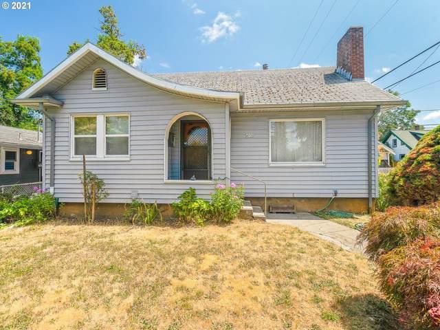 4930 SE 62ND Ave, Portland, OR 97206 (MLS #21638470) :: Holdhusen Real Estate Group